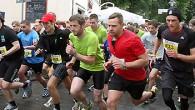 Mit dem Volksbanken-Nightrun in Harsewinkel geht am Samstag die Laufserie um die schönsten Nachtläufe in die 15. Auflage. 236 Läuferinnen und Läufer hatten sich bis gestern für die Serie eingeschrieben. […]
