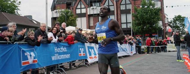 Stanley Kipkogei (SuS Phönix Bielefeld 09 e.V.) und Sabine Engels (LC Solbad Ravensberg) haben die 13. Auflage des Volksbanken-Nightrun gewonnen. Der 38-Jährige, der vor vier Jahren beim Münster-Marathon 2:17:31 Stunden […]